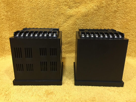 Din panel enclosure 96x96x85 mm